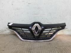 Решетка радиатора Renault Kaptur с 2016