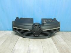 Решетка радиатора Renault Logan II 2014-